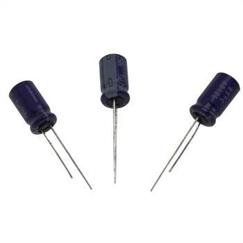 Elko Kondensator Radial 1µF 250V 85°C UVX2E010MAA d6,3x11mm 1uF