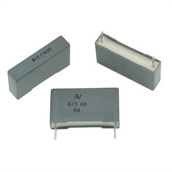 MKP-Kondens. rad. 8,2nF 1600VDC RM22,5