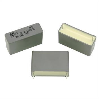 MKT-Kondens. rad. 8,2µF 100VDC RM27,5