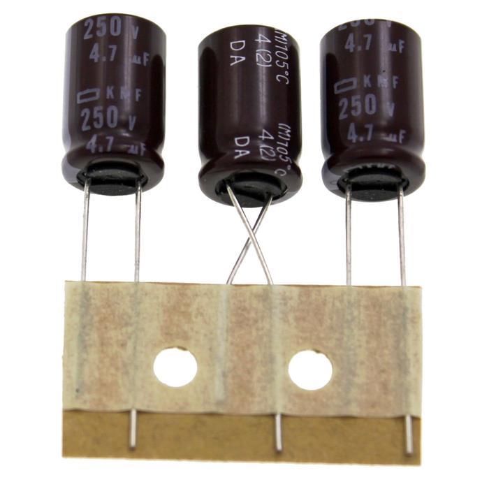 Elko Kondensator Radial 4,7µF 250V 105°C EKMF251ETD4R7MJ16S d10x16mm 4,7uF