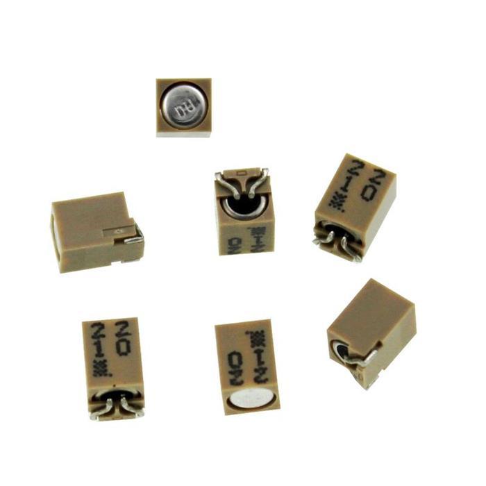 SMD Elko Kondensator 22µF 10V 85°C ; EMF100CDA220MC50G ; 22uF
